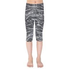 Dark Skin Texture Pattern Kids  Capri Leggings