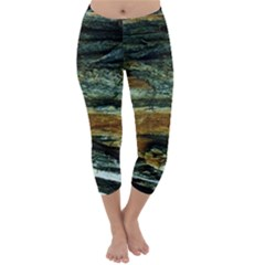 Tree In Highland Park Capri Winter Leggings