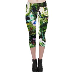 Bow Of Scorpio Before A Butterfly 8 Capri Leggings