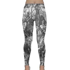 Death And The Devil   Albrecht D¨1rer Classic Yoga Leggings
