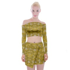 Golden Stars In Modern Renaissance Style Off Shoulder Top With Mini Skirt Set