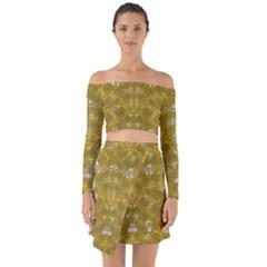 Golden Stars In Modern Renaissance Style Off Shoulder Top With Skirt Set