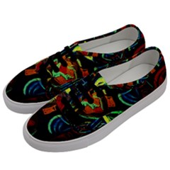Girls Curiosity 11 Men s Classic Low Top Sneakers by bestdesignintheworld
