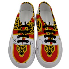 Coat Of Arms Of Burundi Men s Classic Low Top Sneakers