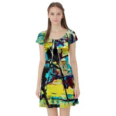 Dance Of Oil Towers 3 Short Sleeve Skater Dress