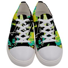 Dance Of Oil Towers 5 Women s Low Top Canvas Sneakers