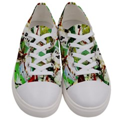 Doves Matchmaking 12 Women s Low Top Canvas Sneakers