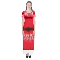 Oooooh Lips Short Sleeve Maxi Dress
