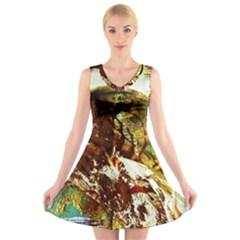 Doves Matchmaking 3 V Neck Sleeveless Dress