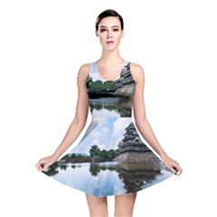 Beautiful Pagoda On Lake Nature Wallpaper Reversible Skater Dress