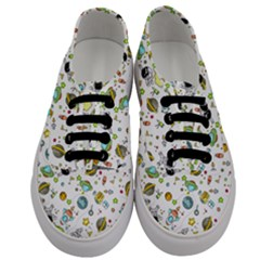 Space Pattern Men s Classic Low Top Sneakers