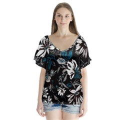 Floral Pattern V Neck Flutter Sleeve Top