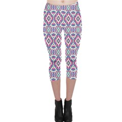 Colorful Folk Pattern Capri Leggings