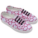 SKIN1 WHITE MARBLE & PINK DENIM Women s Classic Low Top Sneakers View3
