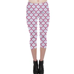 Scales1 White Marble & Pink Denim (r) Capri Leggings