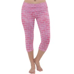 Brick1 White Marble & Pink Watercolor Capri Yoga Leggings