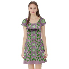 Ivy And  Holm Oak With Fantasy Meditative Orchid Flowers Short Sleeve Skater Dress