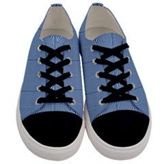 Mod Twist Stripes Blue And White Men s Low Top Canvas Sneakers
