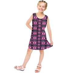 Butterflies In A Wonderful Forest Of Climbing Flowers Kids  Tunic Dress