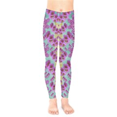 Climbing And Loving Beautiful Flowers Of Fantasy Floral Kids  Legging