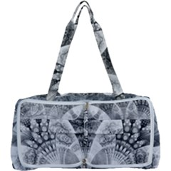 Black And White Fanned Feathers In Halftone Dots Multi Function Bag