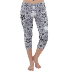 Fractal Background Foreground Capri Yoga Leggings