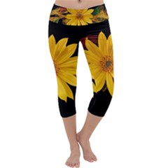 Sun Flower Blossom Bloom Particles Capri Yoga Leggings