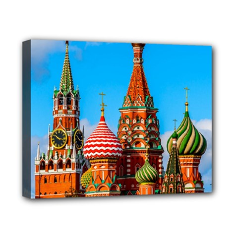 Moscow Kremlin And St  Basil Cathedral Canvas 10  X 8