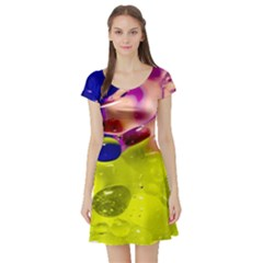 Abstract Bubbles Oil Short Sleeve Skater Dress