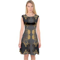Beautiful Black And Gold Seamless Floral  Capsleeve Midi Dress