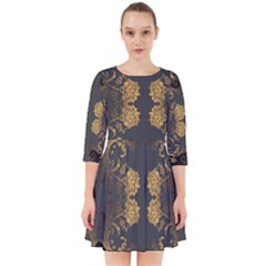 Beautiful Black And Gold Seamless Floral  Smock Dress