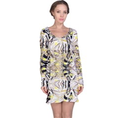 Retro Seamless Black And Gold Design Long Sleeve Nightdress