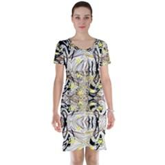 Retro Seamless Black And Gold Design Short Sleeve Nightdress