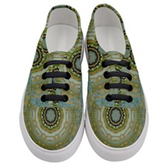 Modern Fantasy Rococo Flower And Lilies Women s Classic Low Top Sneakers