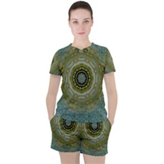 Modern Fantasy Rococo Flower And Lilies Women s Tee And Shorts Set