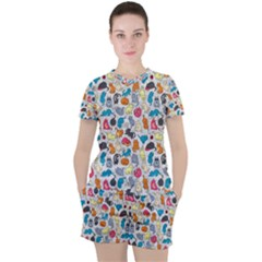 Funny Cute Colorful Cats Pattern Women s Tee And Shorts Set