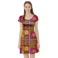 Traditional Africa Border Wallpaper Pattern Colored 3 Short Sleeve Skater Dress