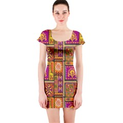 Traditional Africa Border Wallpaper Pattern Colored 3 Short Sleeve Bodycon Dress