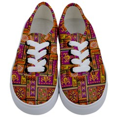 Traditional Africa Border Wallpaper Pattern Colored 3 Kids  Classic Low Top Sneakers