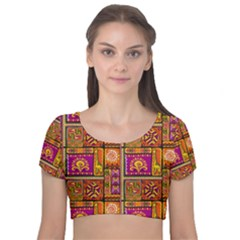 Traditional Africa Border Wallpaper Pattern Colored 3 Velvet Short Sleeve Crop Top