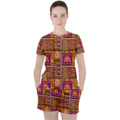 Traditional Africa Border Wallpaper Pattern Colored 3 Women s Tee And Shorts Set
