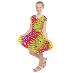 Festive Music Tribute In Rainbows Kids  Short Sleeve Dress
