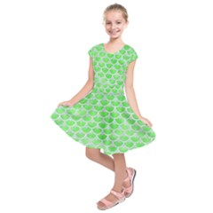 Scales3 White Marble & Green Watercolor Kids  Short Sleeve Dress