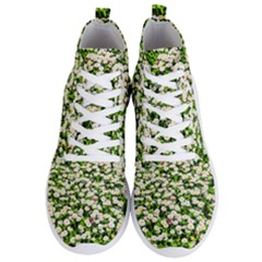Green Field Of White Daisy Flowers Men s Lightweight High Top Sneakers by FunnyCow