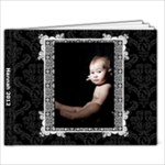 Hannah - 7x5 Photo Book (20 pages)