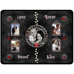 LOVE Extra Large Fleece Blanket - Fleece Blanket (Large)