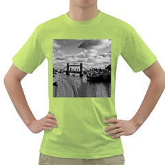 River Thames Waterfall Green Mens  T Shirt by Londonimages