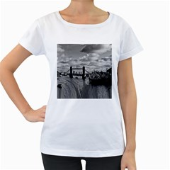 River Thames Waterfall White Oversized Womens'' T Shirt by Londonimages