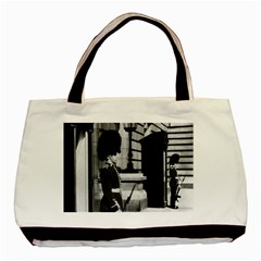 Vintage Uk England London Sentry At Buckingham Palace Twin Sided Black Tote Bag by Vintagephotos