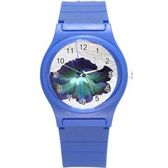 Exotic Hybiscus   Round Plastic Sport Watch Small by dawnsebaughinc